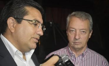 Manzi, acompañó a Páez en el cierre del Festival del Fuerte