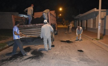 La Municipalidad de Andalgalá trabajo en el bacheo de calles