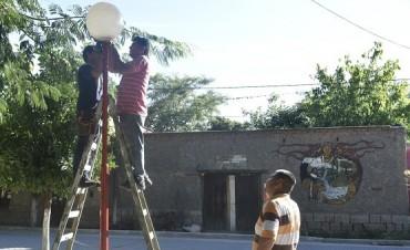 La Municipalidad de Andalgalá cambio la iluminación de la Plaza Luis Lencina del Distrito de Chaquiago