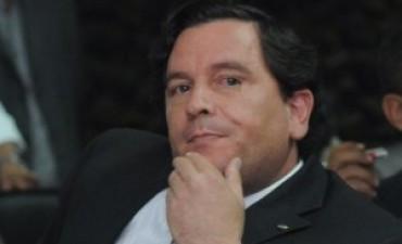 Fidel Saenz dijo que la provincia no ayudará a los municipios a dar el aumento