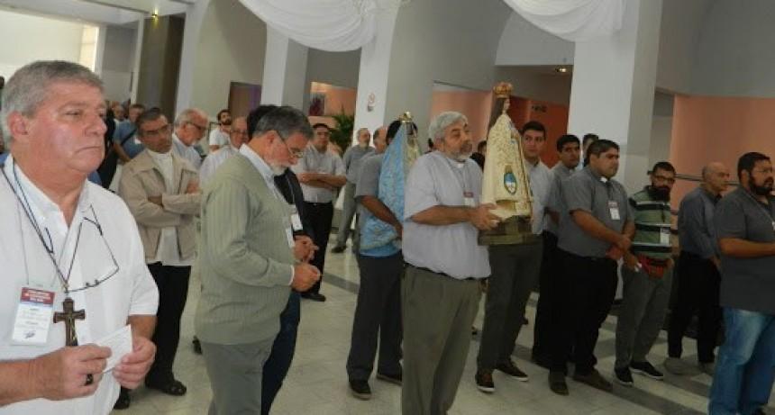 Obispos y sacerdotes del NOA iniciaron encuentro en torno a la piedad popular