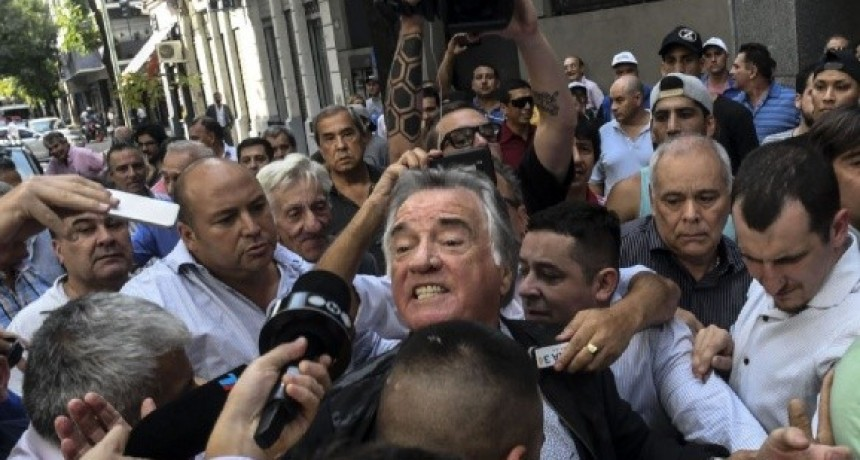 Con incidentes, Barrionuevo se hizo cargo de la intervención del PJ