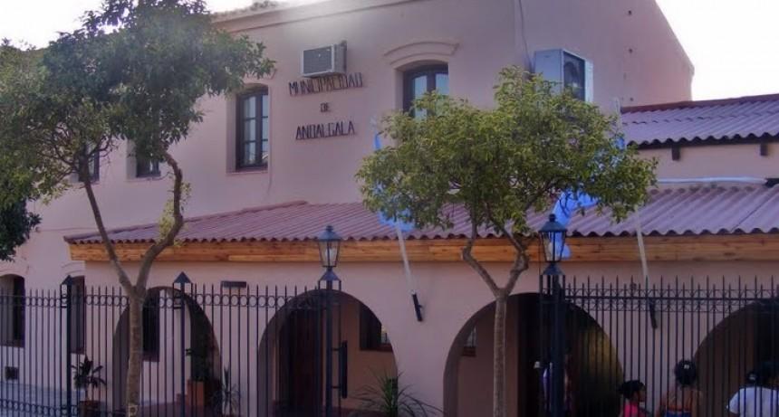 Existe indefinición por parte del municipio de Andalgalá para otorgar los pedidos de adscripciones