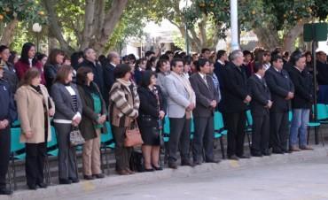 El Intendente Páez participo del acto por el 25 de Mayo