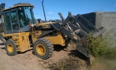 La Municipalidad de Andalgalá realiza un operativo de limpieza integral en el Barrio el Nevado