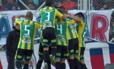 Aldosivi derrotó a San Lorenzo y le dio una gran mano a Boca