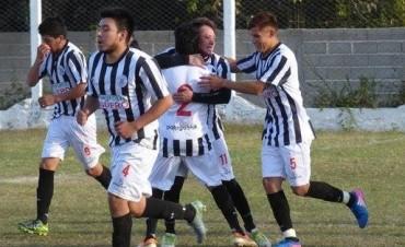 Rivadavia le ganó 2 a 1 Vélez
