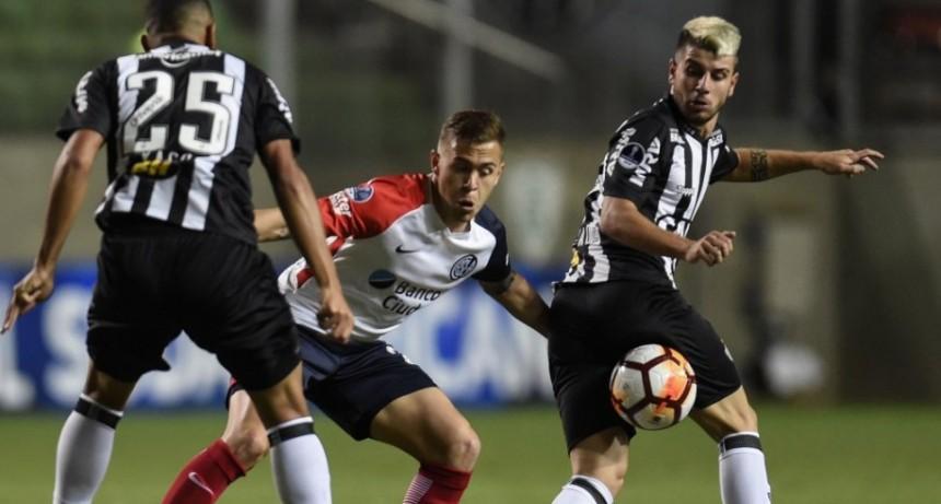 San Lorenzo empató en Brasil y sacó boleto para la segunda fase