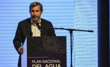 El Gobierno desafía a la oposición y lanza planes de infraestructura