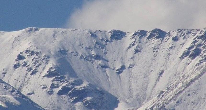 El Nevado del Aconquija es considerado formalmente un Glaciar